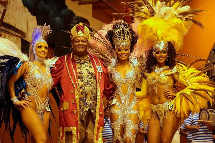 Carnaval 2018 Curitiba 1 - Em Curitiba Rei Momo e Rainha do Carnaval são reeleitos