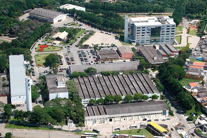 Centro Universitário FEI  - E-commerce cresce e prevê faturamento de mais de R$ 69 bilhões em 2018