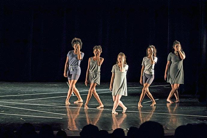 Cia - Cia. Jovem de Dança de Porto Alegre seleciona bailarinos