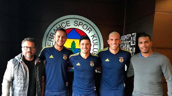 Cléber Xavier e Fernando Lázaro no Fenerbahçe - Cléber Xavier e Fernando Lázaro no Fenerbahçe