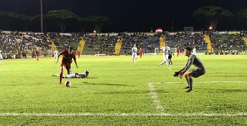 Colorado goleou o Santos por 4 a 0 e garantiu vaga nas semifinais - Inter faz boa atuação na Copa São Paulo, goleia Santos e vai às semifinais
