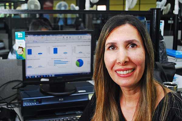 Débora Morales estatística do Instituto das Cidades Inteligentes - Artigo: Inteligência artificial e a aprendizagem das máquinas