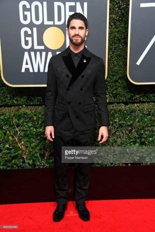 Darren Criss - Globo de Ouro:  Celebridades brilham com sapatos Christian Louboutin