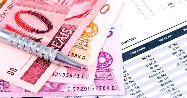 Demanda do consumidor por crédito cresce 49 em 2017 - Brasileiros querem comprar pagando parcelado