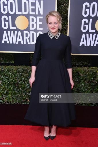 Elisabeth Moss - Globo de Ouro:  Celebridades brilham com sapatos Christian Louboutin