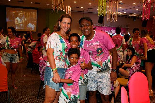 Feijoada Pré carnavalesca da Windsor Barra 5 - Feijoada Pré-carnavalesca da Windsor Barra conta com a presença de famosos