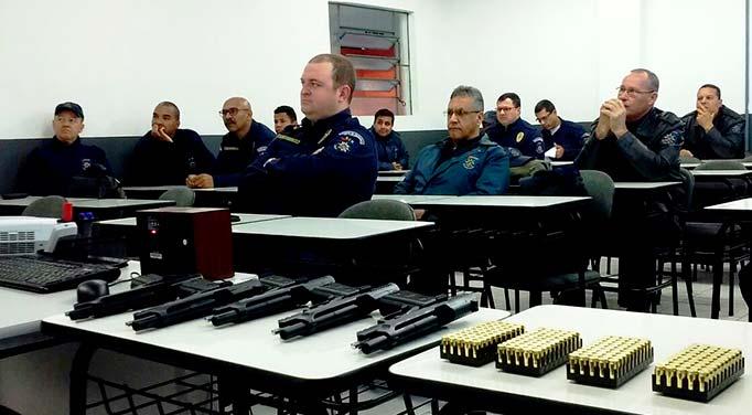 GCM São Leopoldo armamento - PF credencia agente da Guarda Municipal a instrutor de armamento e tiro