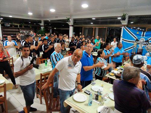 Photo of Departamento Consular do Grêmio é recepcionado com festa em Alegrete