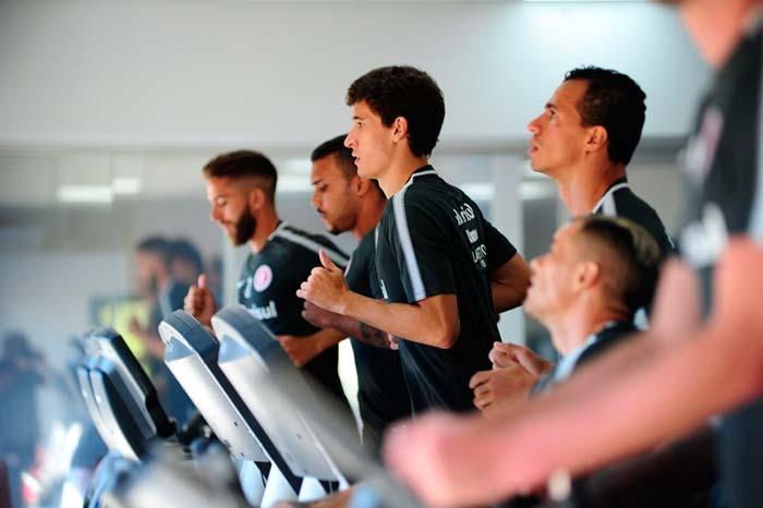 Inter treina para enfrentar o Novo Hamburgo - Novo Hamburgo é o próximo adversário do Inter