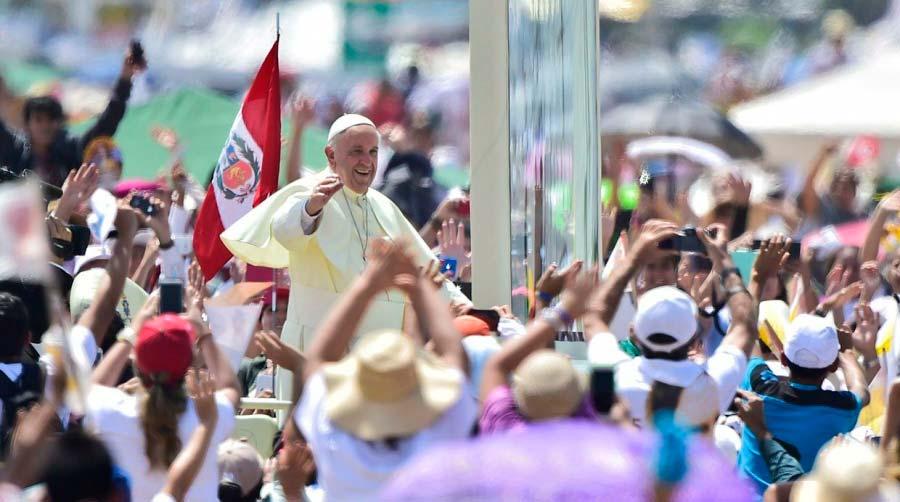 Papa se despede da sua viagem a América Latina Foto Universidade Catolica do PeruAndina - Despedida do Papa Francisco no Peru encerrando a Viagem Apostólica