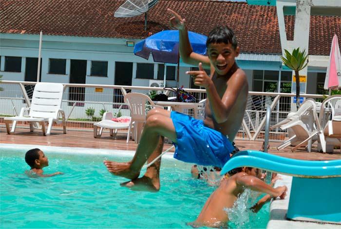 Projeto Férias da PMNH 2018 2 - Projeto de Férias tem piscina, brincadeira e diversão em Novo Hamburgo