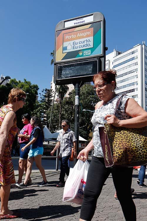 Relógios digitais em Porto Alegre - Aberta consulta pública sobre os relógios eletrônicos digitais em Porto Alegre