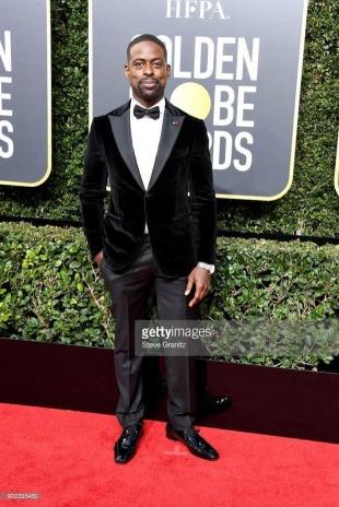 Sterling K. Brown - Globo de Ouro:  Celebridades brilham com sapatos Christian Louboutin