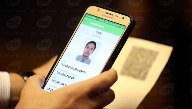 cnh digital - Prorrogado prazo para implantar carteira de motorista eletrônica