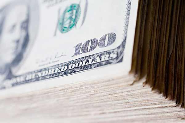 dolar3 - Dólar fecha em alta a R$ 4,15