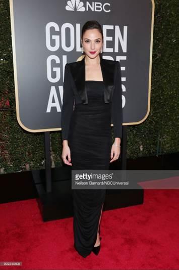 gal gadot   look completo web  - Celebridades usam joias Tiffany no 75º Globo de Ouro