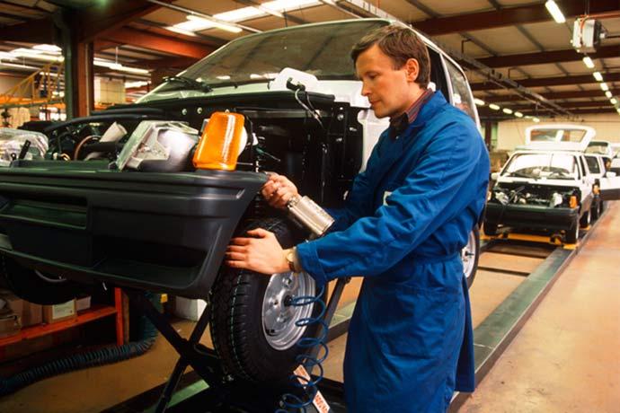 industria 1 - Oferta de emprego na indústria é maior desde fevereiro de 2014