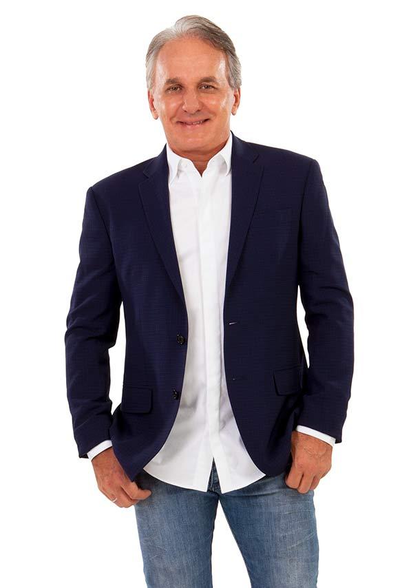 Photo of Otávio Mesquita renova contrato com o SBT