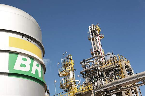 petrobras - Petrobras sobe preço da gasolina para as distribuidoras