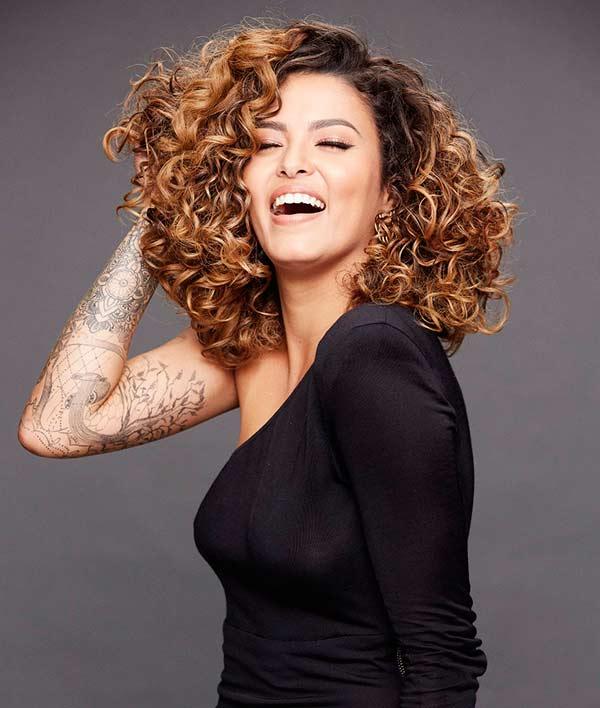 trat FTJulianaCoutinho 41122 - Cacheadas em nova campanha da L'Oréal Paris