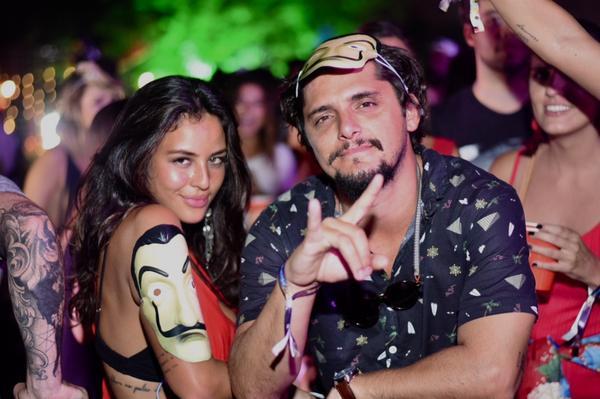 331205 766552 yanna e bruno web  - Anitta faz aparição surpresa na festa Esbórnia, no Rio de Janeiro