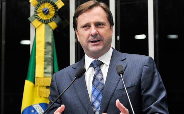 Acir Gurgacz - Supremo condena senador Acir Gurgacz por crime contra o sistema financeiro