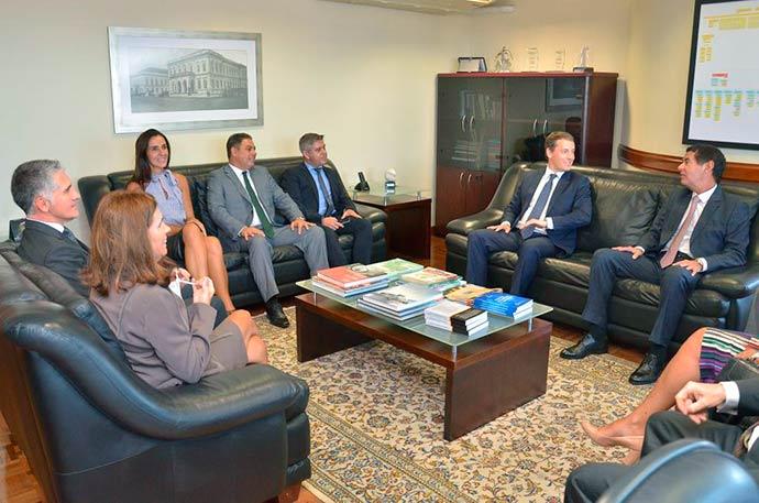 Administração superior do MP reúne se com nova presidência do TJRS - Administração superior do MP reúne-se com nova presidência do TJRS