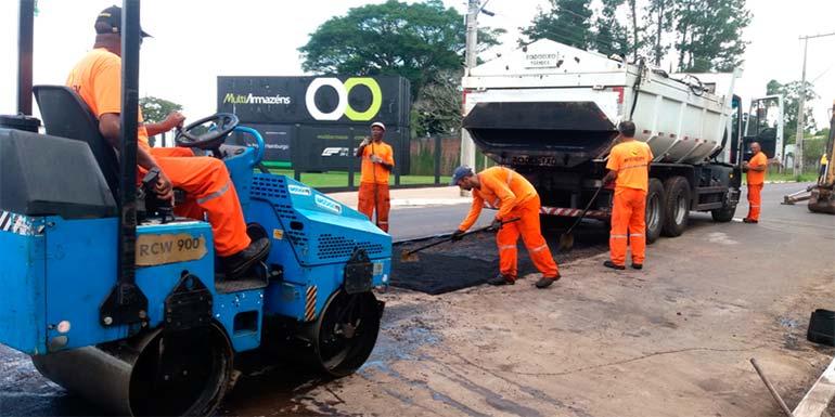 Agencia 1 1 - Recuperação da pavimentação das ruas segue pelo município