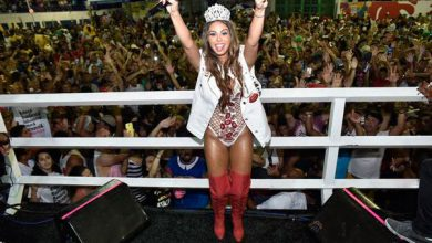 Andressa Salomone veste Alinne Rosa neste carnaval  390x220 - Andressa Salomone veste Alinne Rosa neste Carnaval