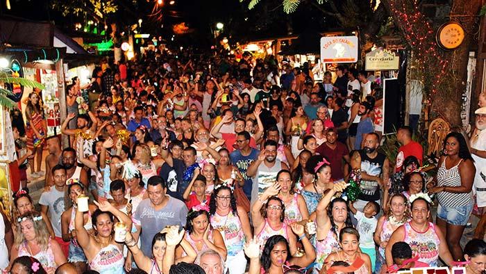 Blocos de Carnaval ganham as ruas de Porto Seguro 3 - Carnaval: as principais doenças sexualmente transmissíveis para se proteger