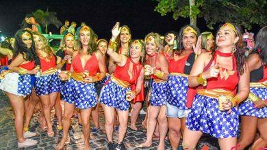 Blocos de Carnaval ganham as ruas de Porto Seguro 6a 390x220 - Blocos de Carnaval ganham as ruas de Porto Seguro