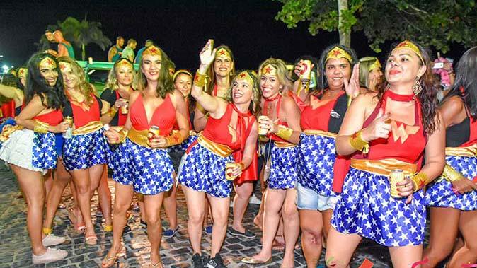 Blocos de Carnaval ganham as ruas de Porto Seguro 6a - Blocos de Carnaval ganham as ruas de Porto Seguro