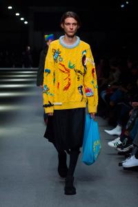 """Burberry February Collection 2018 Look 38 - Burberry apresenta sua coleção February 2018: """"Time"""""""