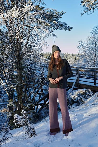 Revista News Campanha-Lua-Luá-finlandia16 Thairine Garcia posa na Finlândia para o Inverno 2018 da Lua Luá