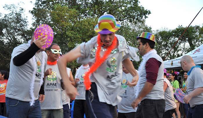 Carnaval em Passo Fundo - Passo Fundo: 1º Carnaval Popular leva público para se divertir