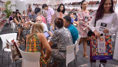 Comércio de calçados fica aquecido na próxima semana Divulgação 390x220 - Movimentação no comércio e novas coleções animam os lojistas para a 40 Graus