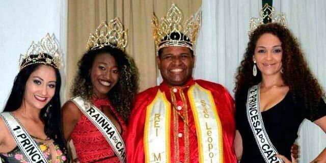 Corte São Leopoldo 1 - Sábado de coroação da corte de Momo em São Leopoldo