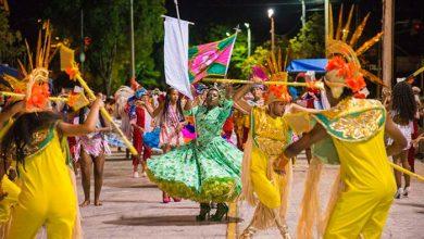 Desfile das escolas de samba no carnaval de Novo Hamburgo 2 390x220 - Tempo bom para o carnaval de Novo Hamburgo