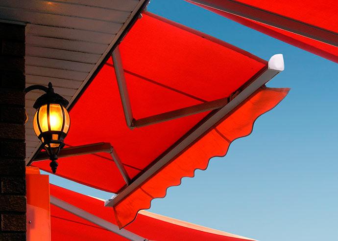 Dupla Face alta - Toldos e coberturas protegem e decoram ambientes externos