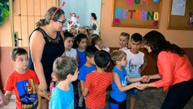 EMEI Castro Alves foi uma das unidades visitadas pela titular da Smed Maristela Guasselli  390x220 - Secretária de Educação visita escolas de Lomba Grande
