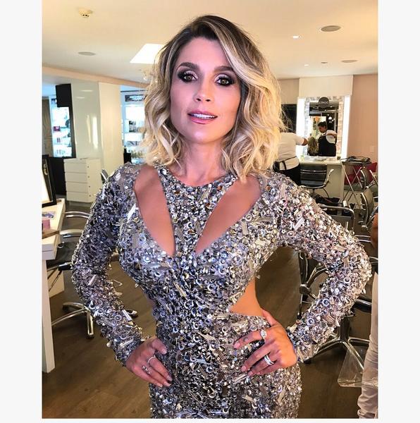Flávia Alessandra - Salão Marcos Proença teve esquenta para Baile da Vogue