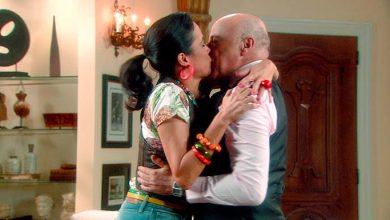 Franciely e Silvestre se beijam 02 390x220 - Carinha de Anjo - Resumo dos Capítulos 331 a 335 (26.02 a 02.03)