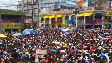 Galo da Madrugada está nas ruas do Recife 390x220 - Galo da Madrugada está nas ruas do Recife