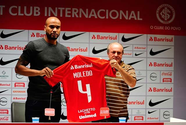 Inter apresenta Rodrigo Moledo - Inter apresenta oficialmente o zagueiro Rodrigo Moledo