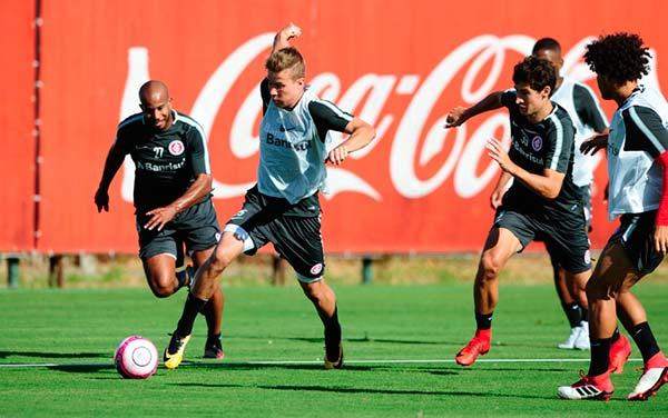 Inter se prepara para ecarar o Juventude 2 - Inter treina forte para encarar o Juventude