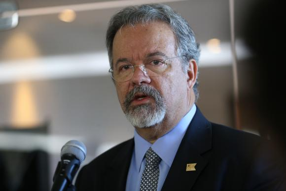Jungmann vai chefiar novo Ministério da Segurança Pública - Jungmann é o novo ministro da Segurança Pública