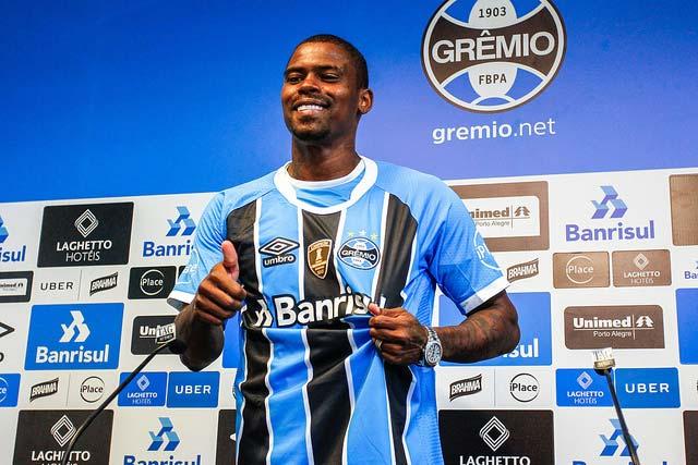 Maicosuel é apresentado no Grêmio 1 - Grêmio apresenta o meia Maicosuel