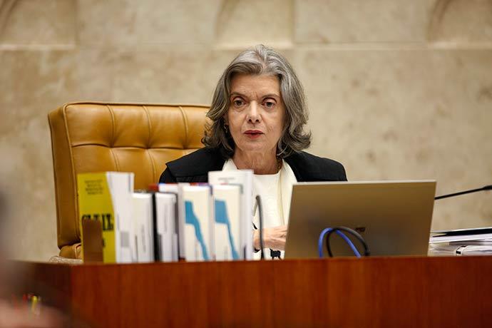 Ministra Cármen Lúcia preside sessão plenária - STF valida lei que obriga plano de saúde justificar recusa de atendimento