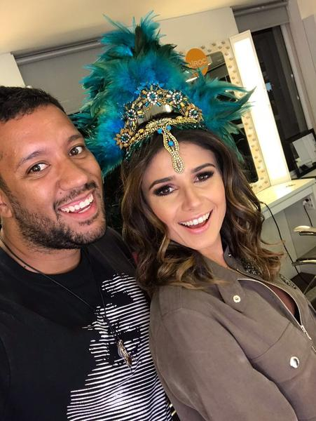 Paula Fernandes - Salão Marcos Proença teve esquenta para Baile da Vogue