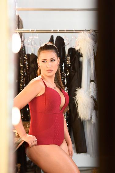67e7fa8d3 Plié lança nova campanha com Simone e Simaria – Revista News
